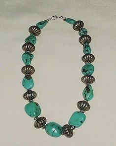 BEAUTIFUL VINTAGE TURQUOISE NUGGET OR CHUNK & SILVER GLOBE NECKLACE #Unbranded