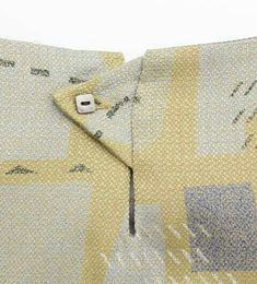 Sew: Nice detail idea// Natural Butcher CUT motif one piece Sewing Hacks, Sewing Tutorials, Sewing Crafts, Sewing Projects, Sewing Patterns, Techniques Couture, Sewing Techniques, Sewing Clothes, Diy Clothes