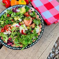 Μπαίνουμε σε πρόγραμμα με τη superfood σαλάτα της Δέσποινας Βανδή - www.olivemagazine.gr 20 Min, Avocado Toast, Cobb Salad, Feta, Lunch, Breakfast, Unique, Diy, Fennel Recipe