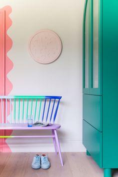 Introducing: The LOVE Seat ercol & Studio Collaboration Colorful Interior Design, Diy Interior, Interior Design Studio, Colorful Interiors, Interior And Exterior, Colorful Apartment, Diy Home Decor, Room Decor, Creative Home