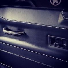 Land Rover Defender Auto Grain Leather Trimmed Door Panels http://www.ruskindesign.co.uk/