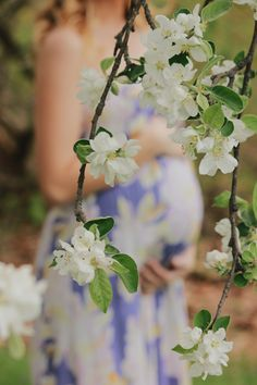 K + K | Spring 2017 Maternity Session | PA    Baby bump hiding behind flowers