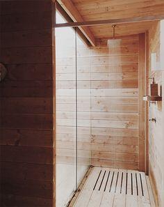 Shower /