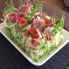 smörgåstårta 101ideer.se Vegetable Crafts, Party Food Platters, Norwegian Food, Scandinavian Food, Sandwich Cake, Salty Cake, Swedish Recipes, Wrap Sandwiches, Savoury Cake