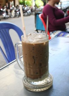 Eating for less than $5 a day in Phnom Penh | Travelfish on Cambodia    Need to read up on this!