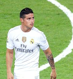 James Rodriguez// one of my absolute favorites❤️ James Rodriguez Colombia, James Rodrigues, Football 2013, Ronaldo Football, Soccer Guys, Soccer Players, Real Madrid Bayern Munich, James 10, Neymar