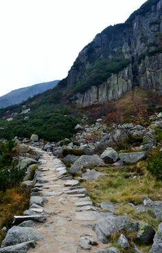 karpacz Pathways, Vacation Ideas, Great Places, Poland, Stuff To Do, Trail, Paradise, Sky, Mountains