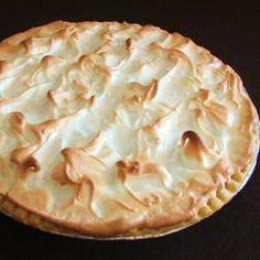 yum chocolate meringue pie !