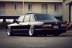 BMW 5-series (80's)