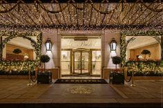 美食の都パリが誇る最高峰のホテルとレストランで過ごす満ち足りた休日。