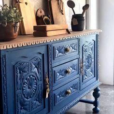 Funky Painted Furniture, Coastal Furniture, Diy Furniture, House Extension Design, Hallway Decorating, Rustic Decor, Wood Crafts, Diy Home Decor, Decoration