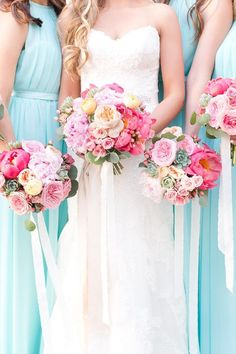 Check out our list of the most beautiful bridesmaid wedding bouquets for your bridesmaids. Incredible flowers will complete your wedding appearance. Wedding 2017, Wedding Ceremony, Wedding Gowns, Dream Wedding, Wedding Day, Wedding Things, White Wedding Bouquets, Floral Wedding, Wedding Flowers