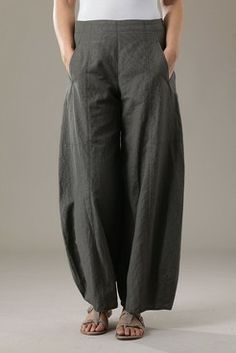 Order our Trousers Wanessa wash from our OSKA Spring/Summer 2012 collection today Beautiful Outfits, Cool Outfits, Casual Outfits, All Fashion, Womens Fashion, Simple Style, My Style, How To Wear Scarves, Simple Dresses