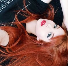 Das Kupfer oh mein Ginger Haare - Bunte Haar Diy - Gesichter - Das Kupfer oh mein Ginger Haare - Bunte Haar Diy - Gesichter - Pensez à chicago fameuse « small robe noire Red Heads Women, Girls With Red Hair, Hair Girls, Rides Front, Beautiful Red Hair, Gorgeous Redhead, Copper Hair, Redhead Girl, Red Hair Color