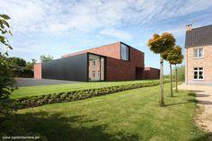 Fondos de residencia contemporánea minimalista en Bélgica.