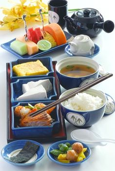 Traditional sushi Equippement set blue