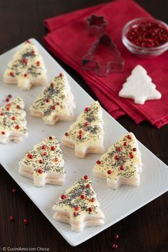 Christmas nappies of canapés – Christmas petals of canapés – # Christmas dinner pages Australian Christmas Food, Mexican Christmas Food, Christmas Dinner Sides, Traditional Christmas Dinner, Christmas Food Treats, Vegan Christmas, Xmas Food, Christmas Cooking, Christmas Desserts