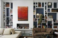 M-ydeas // Decoration d'interieur: Visite d'un loft à la décoration éclectique Loft Design, House Design, Shelf Dividers, Location, Bookcase, Architecture, Sweet Home, Palette, Shelves