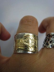 Signed Pacific Northwest Coast Sterling Silver 14K Gold Carved Eagle Ring
