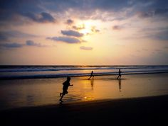 3 musketiers and beach by athul33
