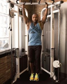 1. Hanging Leg Circles #abs #workout #exercises http://greatist.com/move/abs-workout-most-effective-core-moves-to-do-at-the-gym