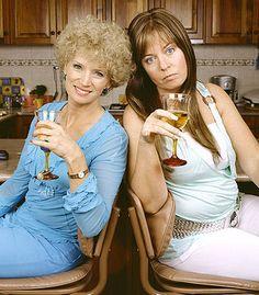 Kath and Kim Jane Turner and Gina Riley Kim Tv, Ab Fab, Funny People, The Funny, Make Me Smile, Movie Tv, Haha, Tv Shows