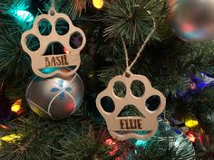 Howl-idays - Bringing our dogs into our holiday decor was fun with these paw print ornaments. Christmas Baubles, Christmas Movies, First Christmas, Paw Print Image, One Day I Will, Scroll Saw, Homemade Christmas, Pyrography, New Toys