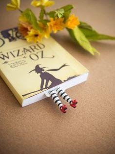 Marcador de la malvada bruja. inspirado por marcador por MyBookmark                                                                                                                                                                                 More