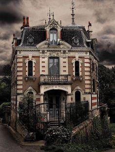 Casa abandonada na França