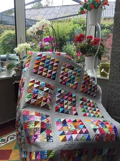 Easy scrappy quilts ideas 23 from Easy Scrappy Quilts Ideas .- Easy scrappy quilts ideas 23 from Easy Scrappy Quilts Ideas Scrap Quilt, Scrappy Quilt Patterns, Jellyroll Quilts, Patchwork Quilting, Easy Quilts, Quilt Blocks, Patchwork Ideas, Quilt Sets, Crazy Patchwork