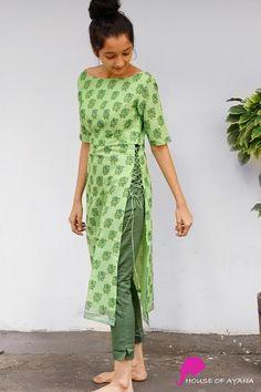 Latest trendy simple kurta designs - The handmade craft Kurti Sleeves Design, Sleeves Designs For Dresses, Kurta Neck Design, Dress Neck Designs, Neck Design For Kurtis, Stylish Kurtis Design, Tunic Designs, Salwar Designs, Kurta Designs Women