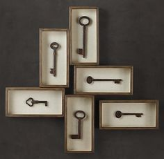 Restoration Hardware Key Shadow Box Collection These would be soooo easy to DIY! Skeleton Key Crafts, Old Key Crafts, Home Crafts, Diy Home Decor, Skeleton Keys, Diy Crafts, Old Keys, Deco Originale, Keys Art