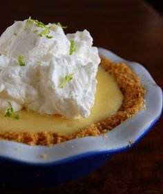 For my hbby who LOVES Key Lime Pie. Peabody's Camping Key Lime Pie with Coconut-Pecan Graham Cracker Crust Coconut Recipes, Pie Recipes, Sweet Recipes, Dessert Recipes, Pie Dessert, Eat Dessert First, Just Desserts, Delicious Desserts, Dessert Healthy