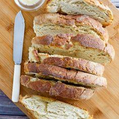 How to Make Naan - Recipe Girl® Pita Wrap, Portuguese Sweet Bread, Portuguese Recipes, How To Make Naan, Naan Recipe, Flatbread Recipes, Tandoor Oven, Quick Pizza, Garlic Naan