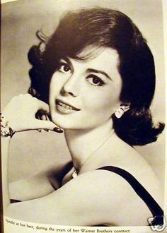 Natalie Wood Personally owned gold lame evening purse | #128622189