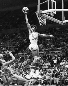 Julius Erving & The Death Of Myths & Legends In Basketball Pitt Basketball, Basketball Tips, Basketball Leagues, Basketball Pictures, Basketball Legends, Basketball Players, Basketball Floor, Basketball Season, Basketball Scoreboard