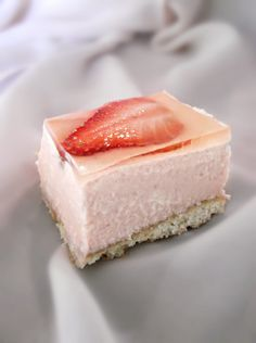 Lick The Spoon: Strawberries and Cream Mousse Pie