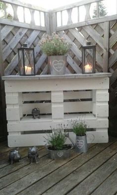 20 palette recycling ideas for your garden. Absolutely to copy! Garten - diy pallet creations 20 palette recycling ideas for your garden. Absolutely to copy! Garten The decoration of home is similar to a. Recycled Pallets, Wooden Pallets, Recycled Materials, 1001 Pallets, Diy Pallet Projects, Garden Projects, Pallet Crafts, Outdoor Projects, Outdoor Ideas