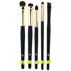 1PC Soft Hair Eyeshadow Smudge Brush Black Wooden Handle Detailed Eye Shadow Brush For Makeup-in Makeup Brushes & Tools from Health & Beauty on Aliexpress.com | Alibaba Group