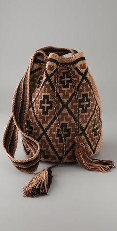 Handmade Susu Bags from the Wayuu Taya Foundation Mochila Crochet, Tapestry Crochet Patterns, Tapestry Bag, Look Boho, Boho Bags, Crochet Purses, Knitting Accessories, Cute Bags, Knitted Bags