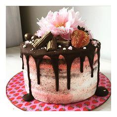 Schoko-Erdbeer Naked Cake  Perfekt für einen Geburtstag :)