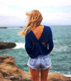 Cut out style top!