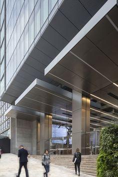 Archi Design, Facade Design, Facade Architecture, Amazing Architecture, Building Exterior, Building Design, Office Entrance, Patio Canopy, Exterior Lighting
