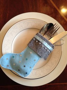 Christmas craft- felt cutlery holder