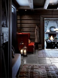 Norwegian wooden house in the mountains and cozy evenings by the fireplace on Christmas Eve. Cozy Cabin, Cozy House, Cabin Homes, Log Homes, Chalet Design, House Design, Mountain Cottage, Cabin Interiors, Black Interiors