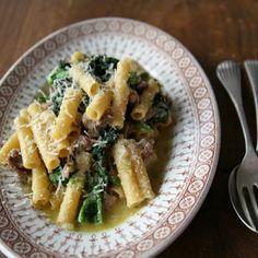 Lidia's Ziti w/Broccoli Rabe & Sausage @keyingredient #cheese #italian #bread
