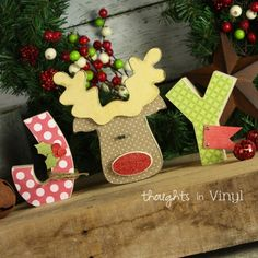 Craft Group Ideas for Christmas | Thoughts in Vinyl