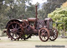 antique tractor - photo/picture definition - antique tractor word and phrase image
