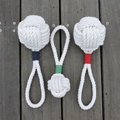 Sally Lee by the Sea | Monkey Knot Dog Toys for Summer!! | http://nauticalcottageblog.com