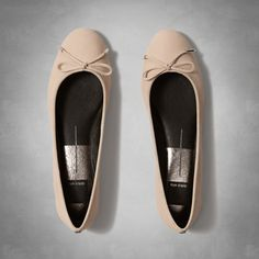 Womens Dolce Vita Brae Flats | Womens Our Favorite Brands | Abercrombie.com